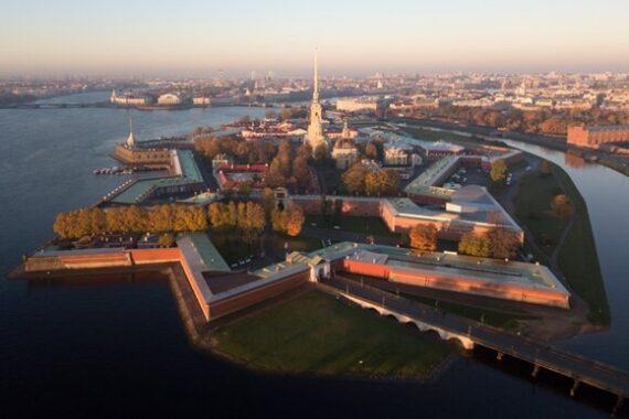 Вода в Петербурге